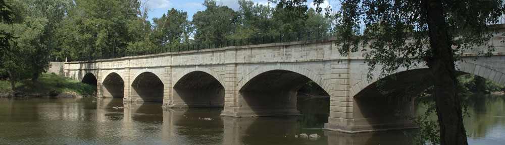 Photo of the historic Monocacy Aqueduct